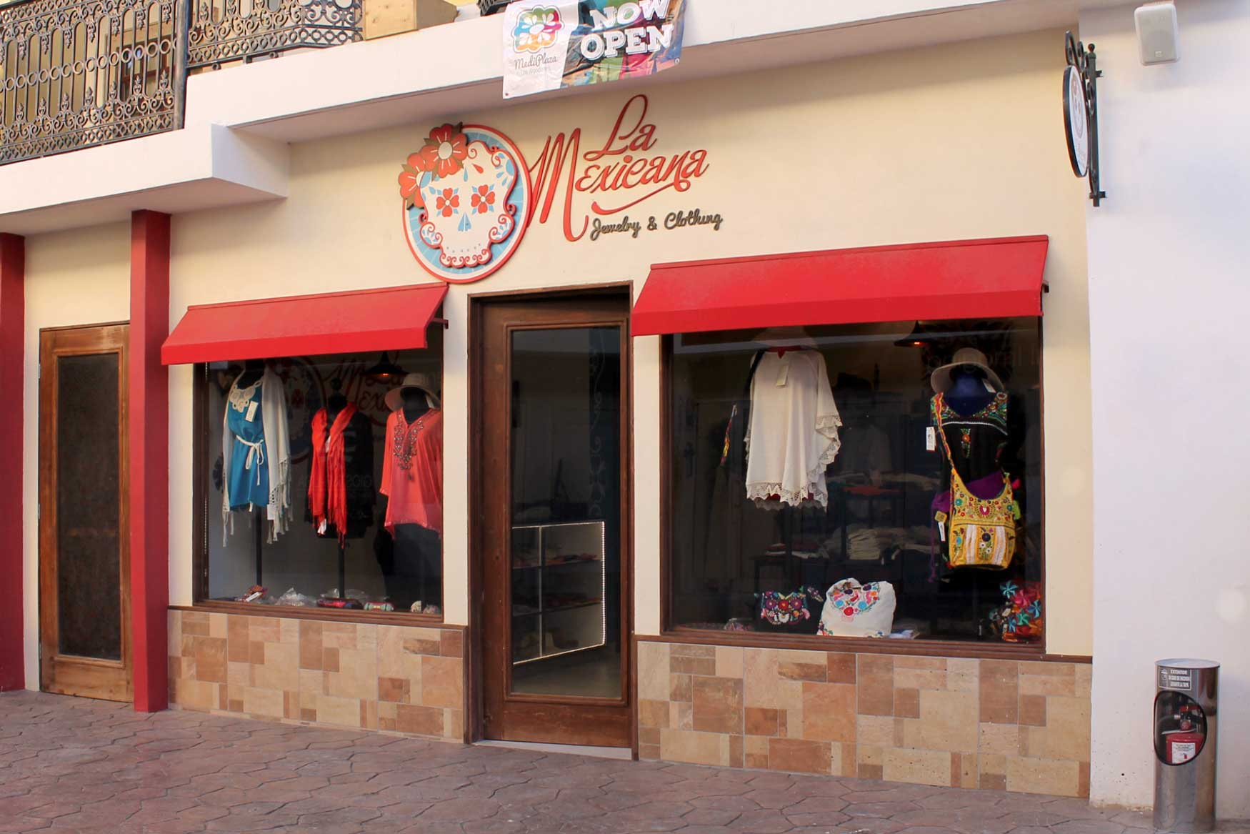 6a196c5767e Los Algodones Traditional Mexican Jewelry and Clothing at Mediplaza